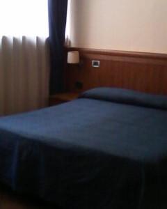 camera doppia, bagno privato wiless e prima colazione a pochi passi dalla Stazione Termini