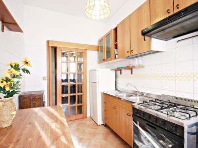Appartamento a Roma vicino la fermata metro Colli Albani.