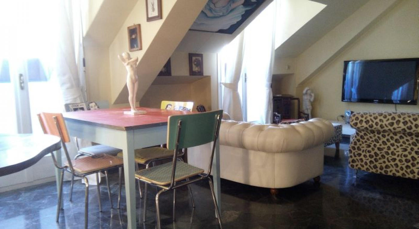 373 :: One bedroom flat in downtown Milan