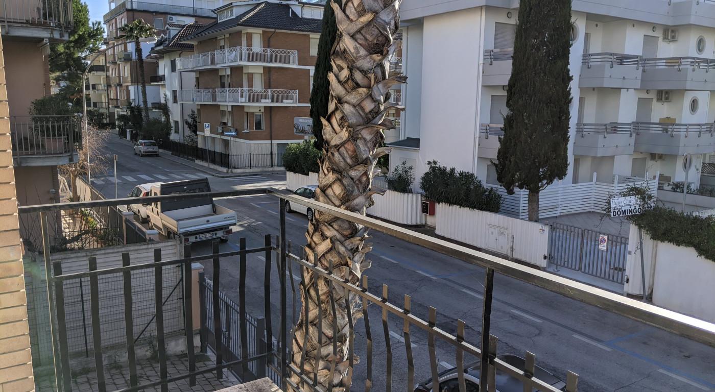 1270 :: Luminosa casa vacanza in seconda fila mare a San Benedetto - max 7 pax. Ti rimborsiamo se non puoi partire per COVID-19