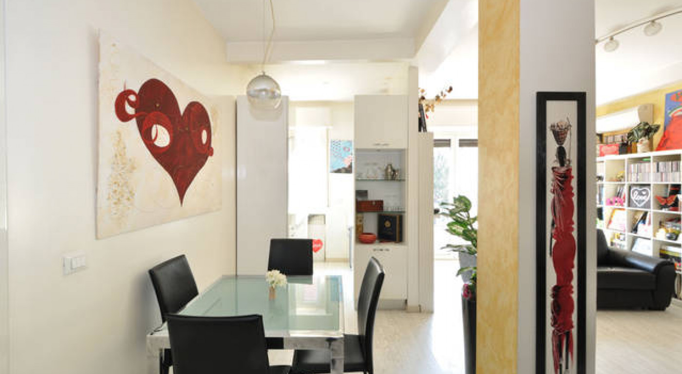 382 :: Love white luxury house.  Wonderful house in the heart of Milan